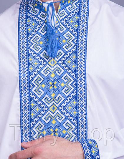Мужская вышиванка на три нити, синяя вышивка