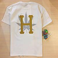 Футболка белая брендовая с принтом на спине Марихуана от HUF Хаф