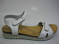 Женские кожаные босоножки белого цвета ТМ Inblu, фото 1