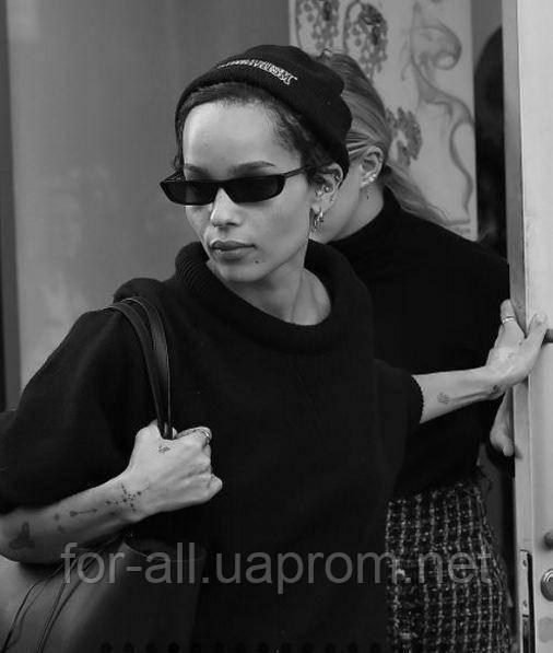 Фото Зои Кравец в солнцезащитных очках 2018