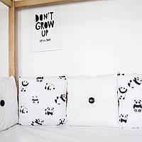 Бортики в кроватку с пандами