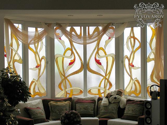 витражные окна абстракция