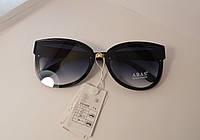 Модные очки с черными линзами и черными  дужками