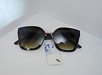 Модные квадратные очки с коричневыми линзами
