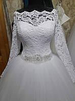 Свадебное платье с поясом ручной работы. Итальянское кружево, еврофатин.