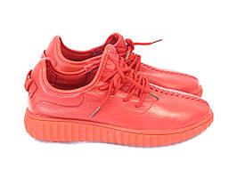 Красные модные кроссовки весна 2017