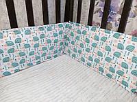 Защитные бортики в кроватку мятные ежики