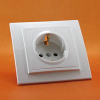 Розетки электрические внутренние в категории розетки электрические в ... 1eeb72d93f5