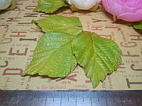 Лист розы. 4-5 см