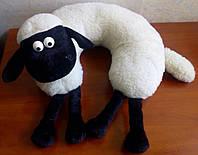 Подушка-рогалик декоративная шерстяная барашек Шон