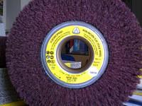 Круг лепестковый из нетканног абразивного материала скотчбрайта  NFW 600 Klingspor