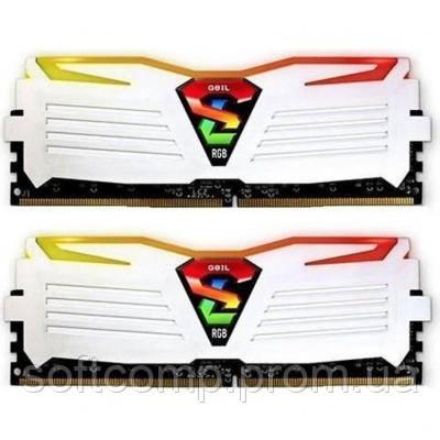 Модуль памяти для компьютера DDR4 16GB (2x8GB) 3000 MHz Super Luce White RGB LED GEIL (GLWC416GB3000C16ADC)