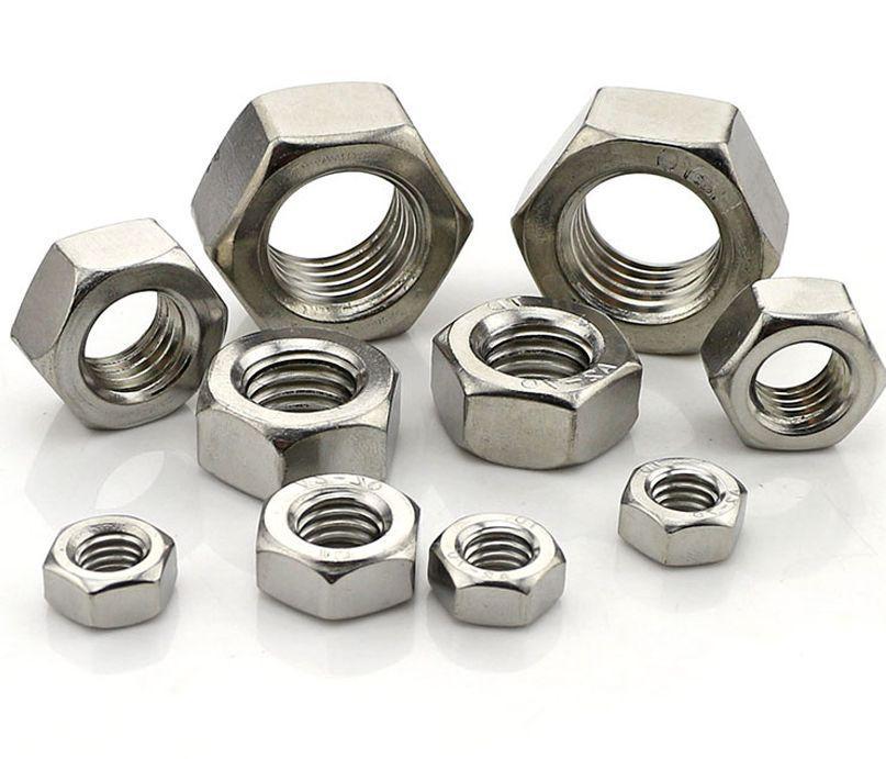 Гайка нержавеющая М2.3 DIN 934 (ГОСТ 5915-70, ГОСТ 5927-70) сталь А2 и А4
