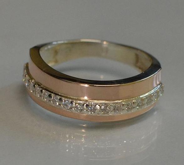 Кольцо серебряное с золотой накладкой  (040к)