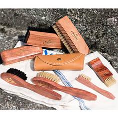Щетки, губки и салфетки для гладкой кожи, замши, нубука