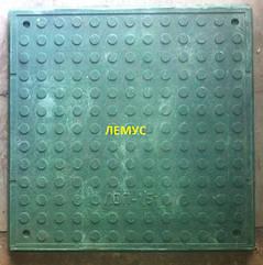 Люк квадратный полимерпесчаный  зеленый без замка