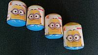 Пластиковая капсула с конфетами Minions