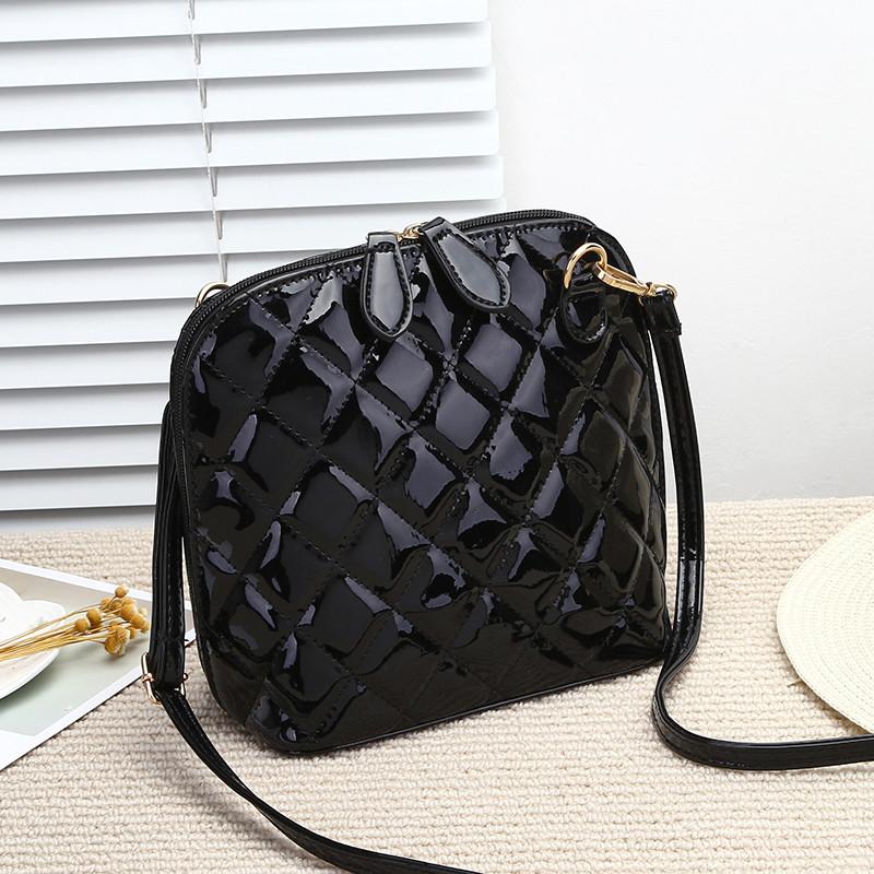 f3c5fdcea80d Маленькая женская сумка через плечо стеганая черная: продажа, цена в ...