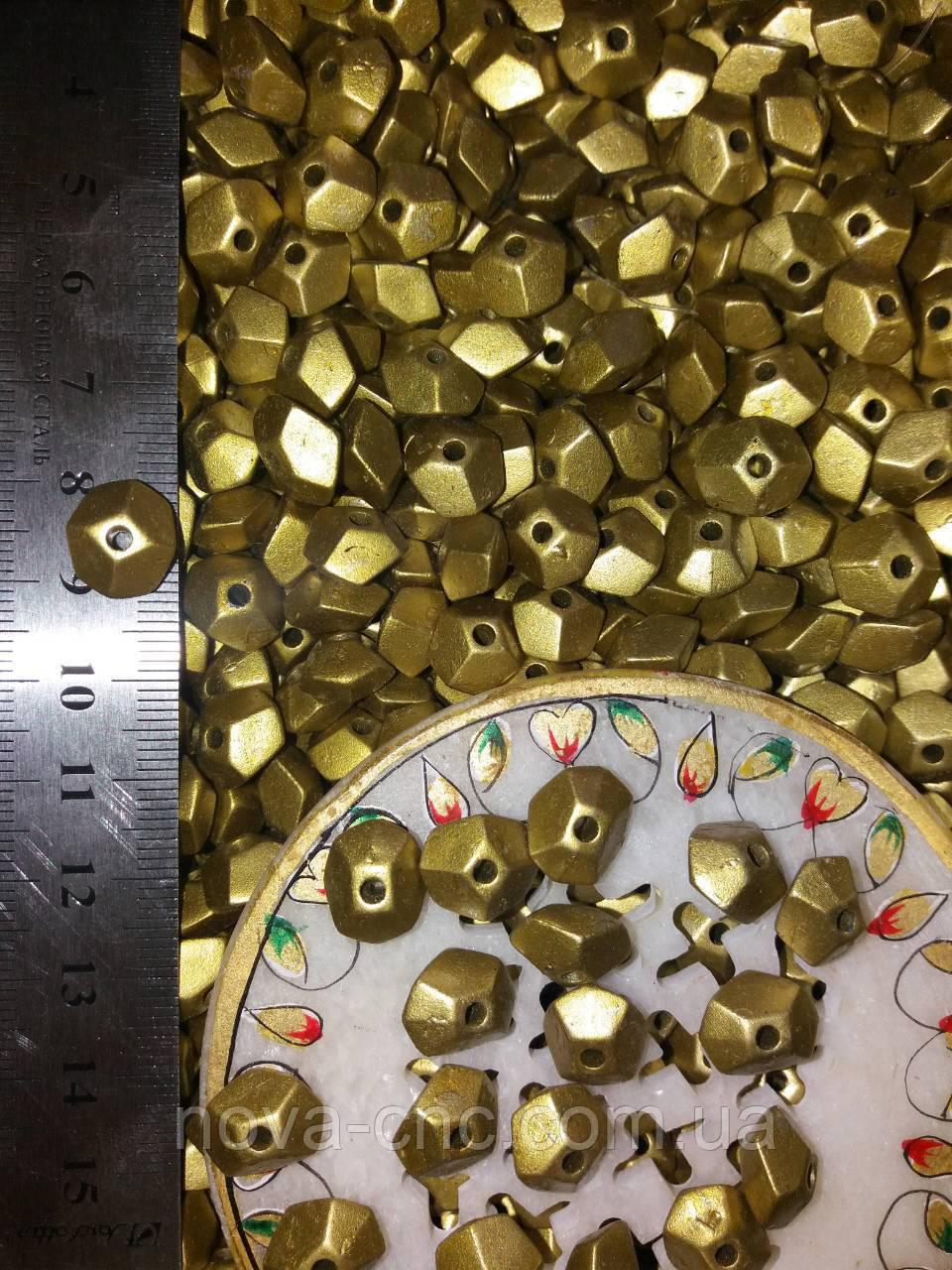 Намистини не правильний багатогранник золото 500 грам