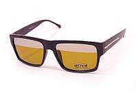 Очки для водителей с поляризационной линзой.