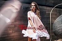 Стильное свободное короткое платье с шифоновой оборкой