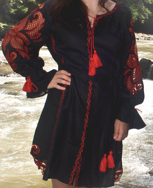 """Сукня жіноча """"Диво-квітка міні"""", чорний льон , червона вишивка"""