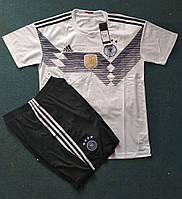 Футбольная форма сборной Германии белая