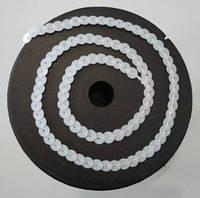Пайетки на нитке (тесьма) белые круглые (диаметр пайеток 6 мм), фото 1