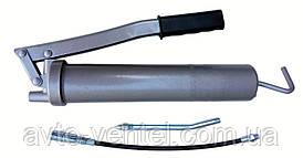 Шприц для смазки с комплектом насадок InterTool