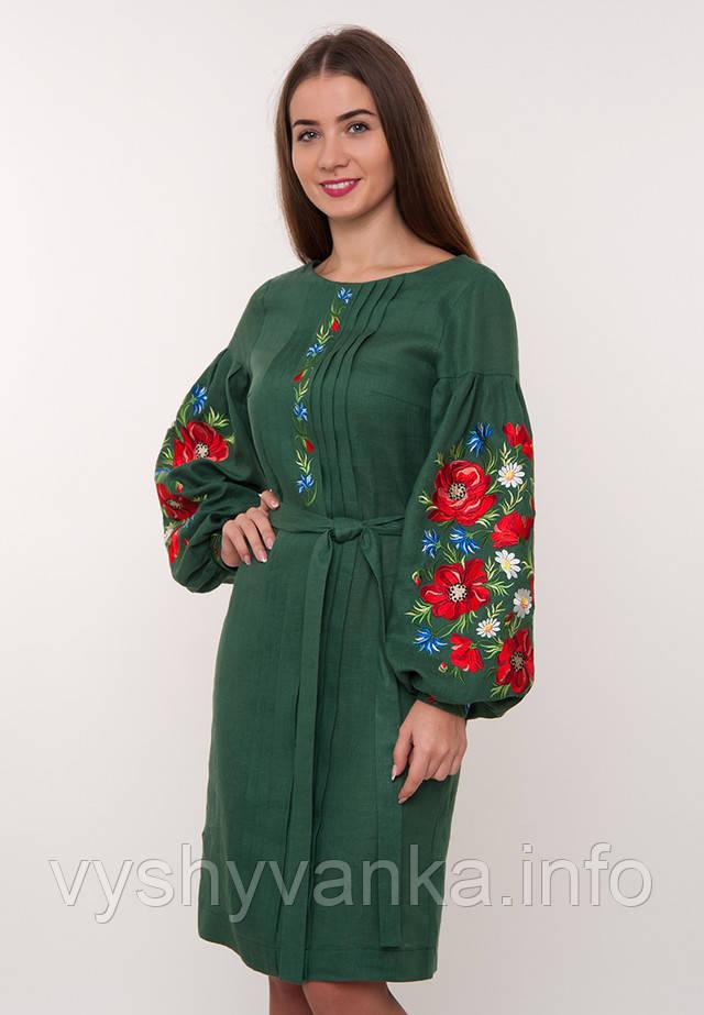 Зеленое женское платье с вышивкой