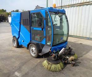 Коммунальня машина Cleanvac ST1000