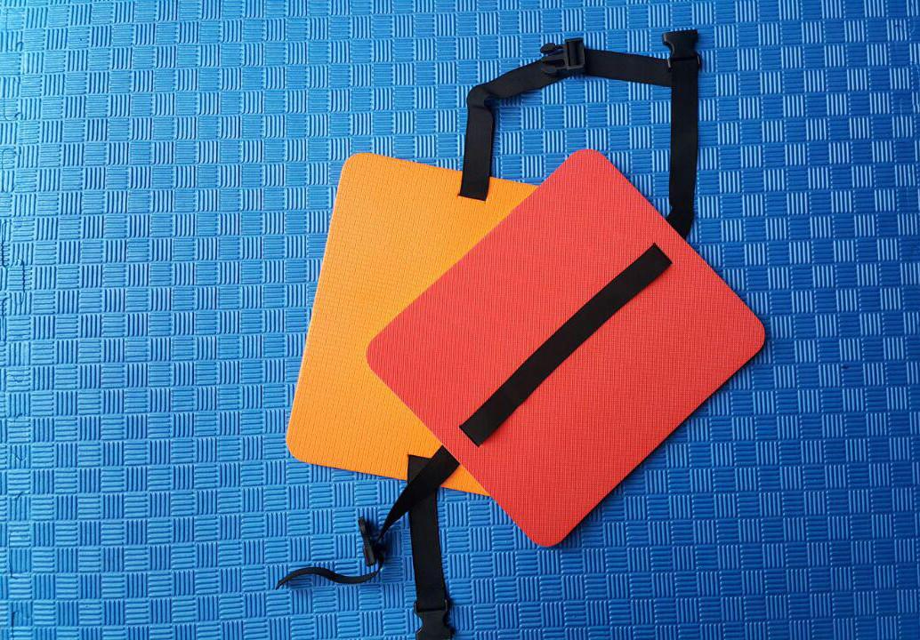 Сидушка туристическая с защелкой 8 мм красно-желтая