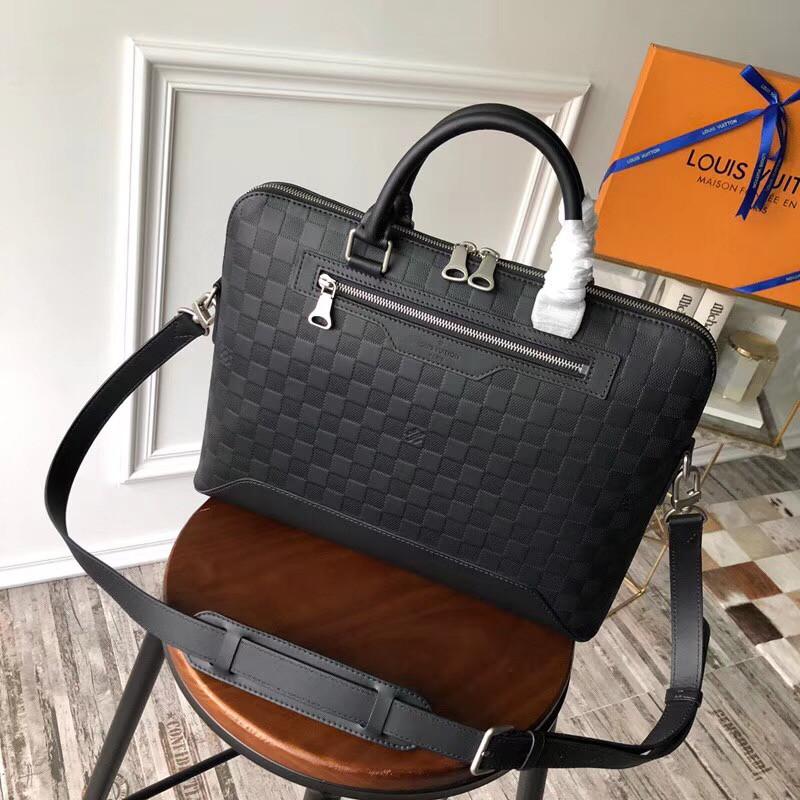 e2079a28fb3a Louis Vuitton сумка мужская, цена 11 900 грн., купить в Киеве — Prom.ua  (ID#513579749)