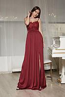 Длинное шелковое платье в пол с кружевом