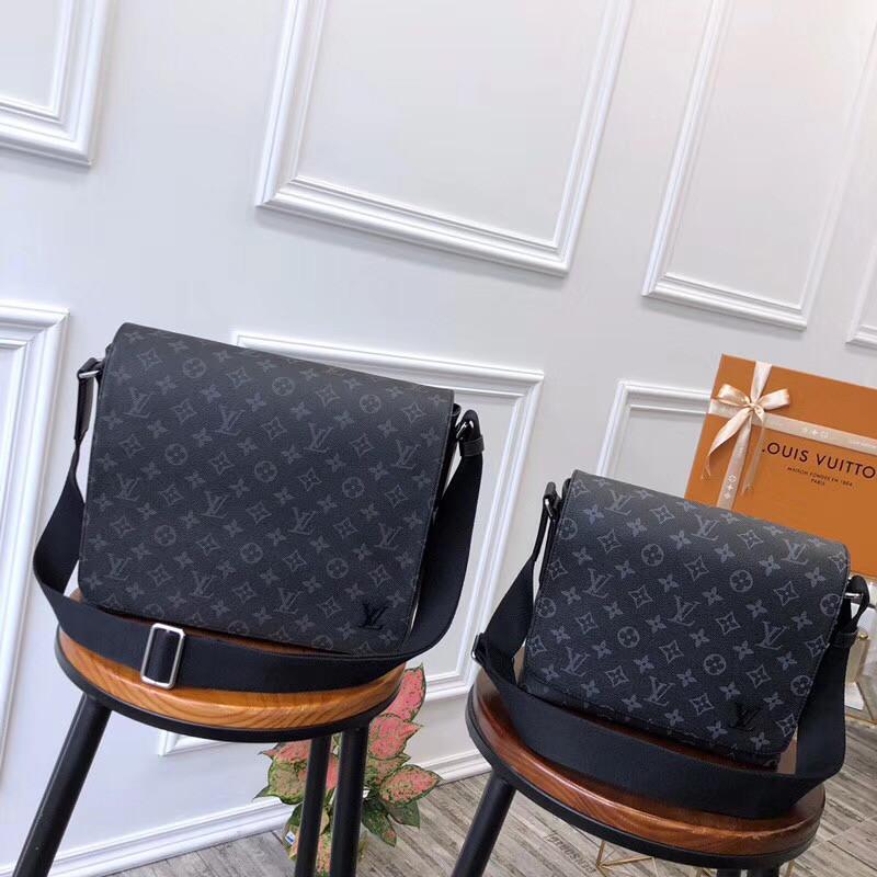 c6bc0f1d20c9 Мужские сумки через плечо - Louis Vuitton, Киев | vkstore.com.ua
