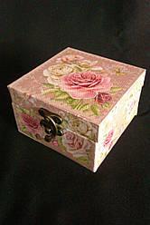Декоративна  шкатулка Троянди