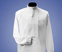 Мужская вышиванка с белым орнаментом на белом батисте