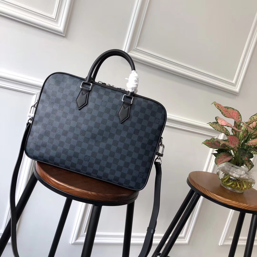 Мужской портфель - Louis Vuitton