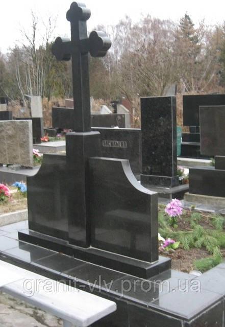 Памятники с крестом фото 4 кв м купить памятник нижний новгород козлу