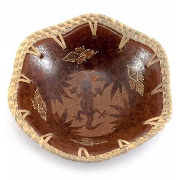 Декоративное блюдо Саламандра ручной работы