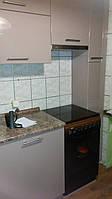 Кухня бюджет с фасадами из глянцевого пвх