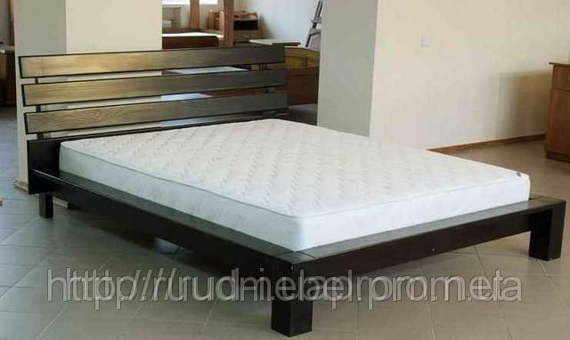 Кровати двуспальные из натурального дерева