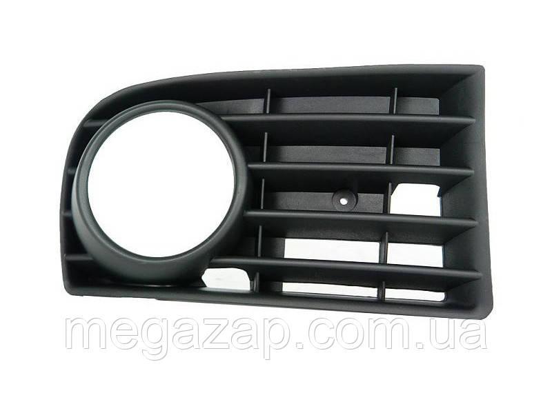 Решетка переднего бампера правая VW Golf 5 (03-09)