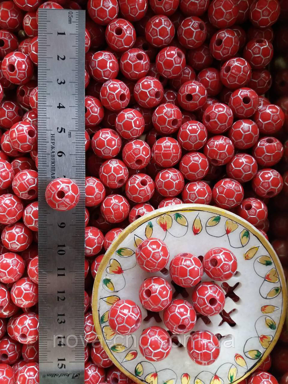 "Бусины пластик ""Мяч"" красный 15 мм 500 грамм"