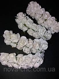 Декоративные бумажные цветы белые 1 пачка 12 пучков