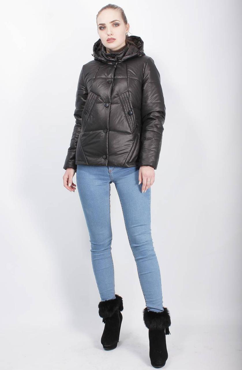 Женская весенняя куртка с капюшоном