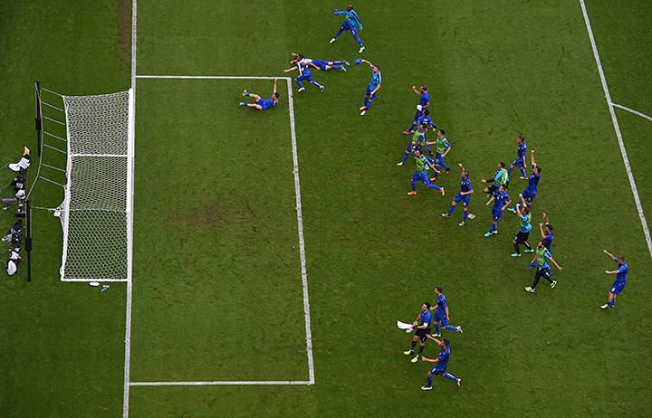 Сетка для футбольных ворот футбольная D.3,5. 5см. ячейка, 1,5м. глубина  Люкс 1,5, фото 2