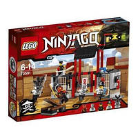 КОНСТРУКТОР LEGO Ninjago 70591 Побег из тюрьмы Криптариум