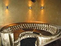Перетяжка мягкой мебели для клубов
