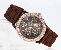 Часы Geneva со стразами коричневый цвет